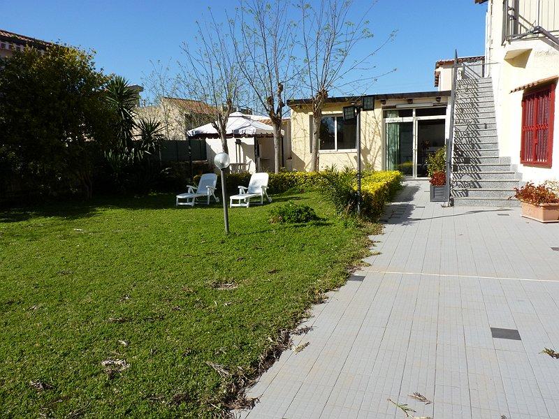 Casa vacanza sicilia appartamento a fontane bianche 7 for Piani casa vacanza